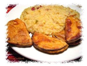 Kichuri with Beguni(Eggplant fritter)